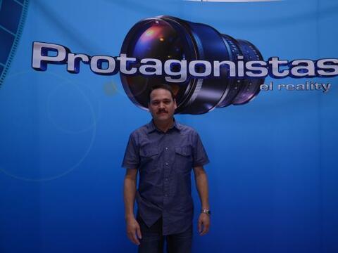 José Luis viajó desde Houston en representación de...
