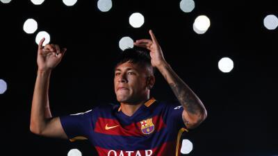 Neymar está en la mira del Manchetser United.