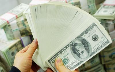 Autoridades buscan a verdadero dueño de dinero encontrado en East Whittier