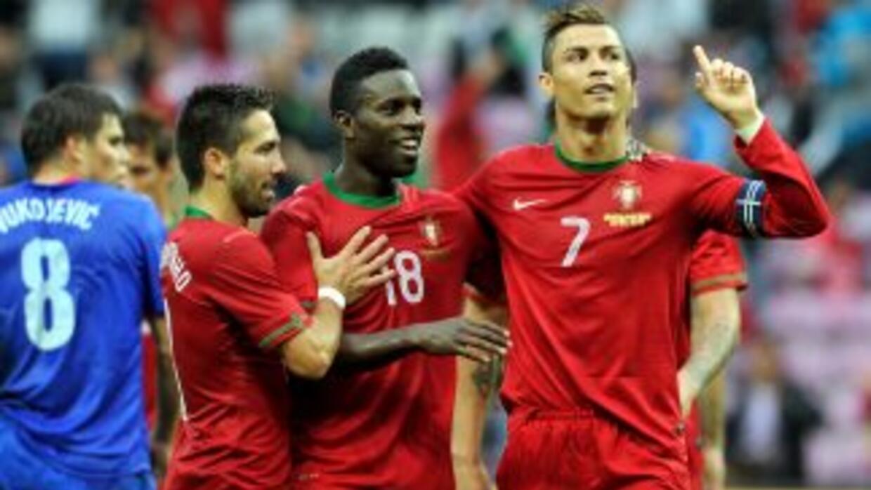 Cristiano, que sólo jugó la primera parte, marcó el único gol para el tr...