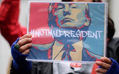 Miles marcharon de costa a costa en contra de las decisiones y políticas...