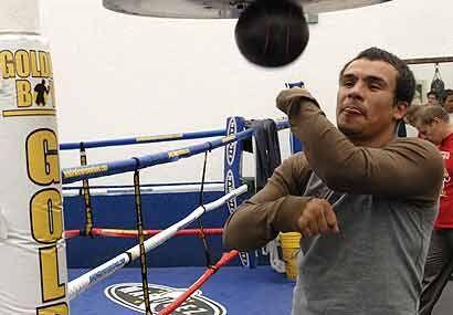 De ganar, enfrentaría a Manny Pacquiao, lo que podría definir al mejor p...