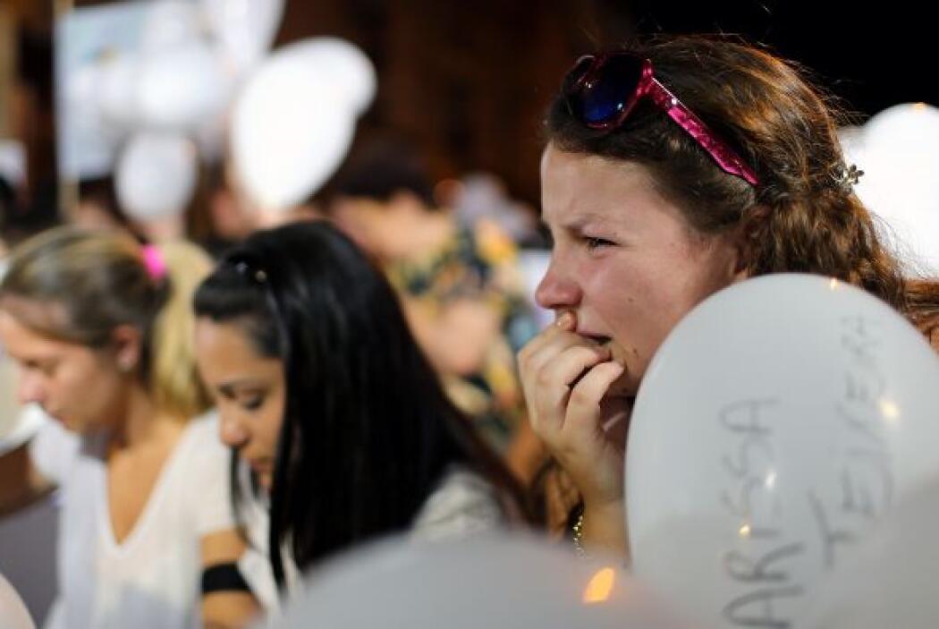 Los  asistentes, en su mayoría estudiantes, derramaron lágrimas por sus...
