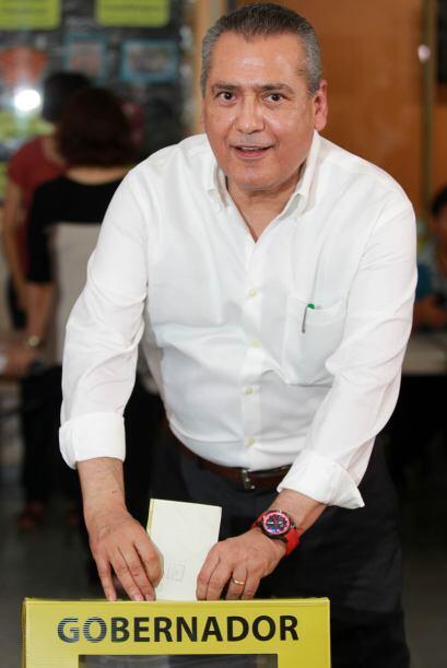 El líder priista en la Cámara de Diputados, Manlio Fabio Bletrones, conv...