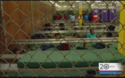 Iglesia Bautista de Chicago se une para ayudar a la crisis de niños en l...