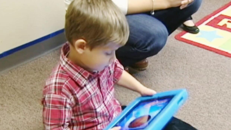 Cómo la tecnología puede ayudar al desarrollo académico de nuestros hijos