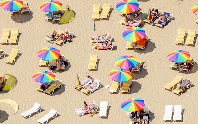 Consejos para proteger la piel y el pelo del sol durante las actividades...