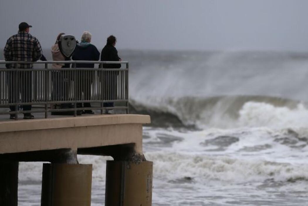 El ciclón tropical descargó su impacto más letal en Nueva York, con 18 m...
