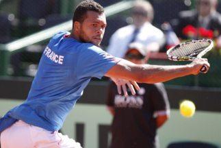 Tsonga puso en ventaja a Francia sobre Argentina al vencer a Carlos Berl...