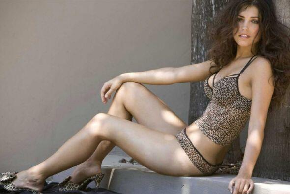 La bella modelo hispano-holandesa, Yolanthe Cabau, es esposa del futboli...