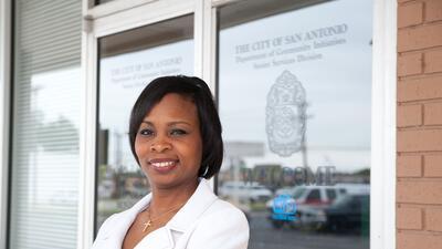 Ivy Taylor hace historia como alcaldesa de San Antonio