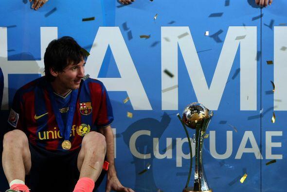 El argentino Messi se llevó el Balón de Oro y Juan Sebasti...
