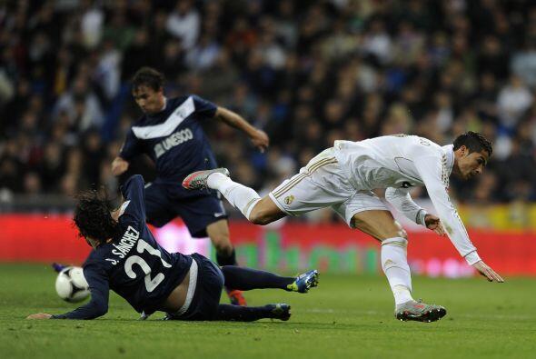 Los madridistas y malagueños disputaron su primer juego del 2012, en el...