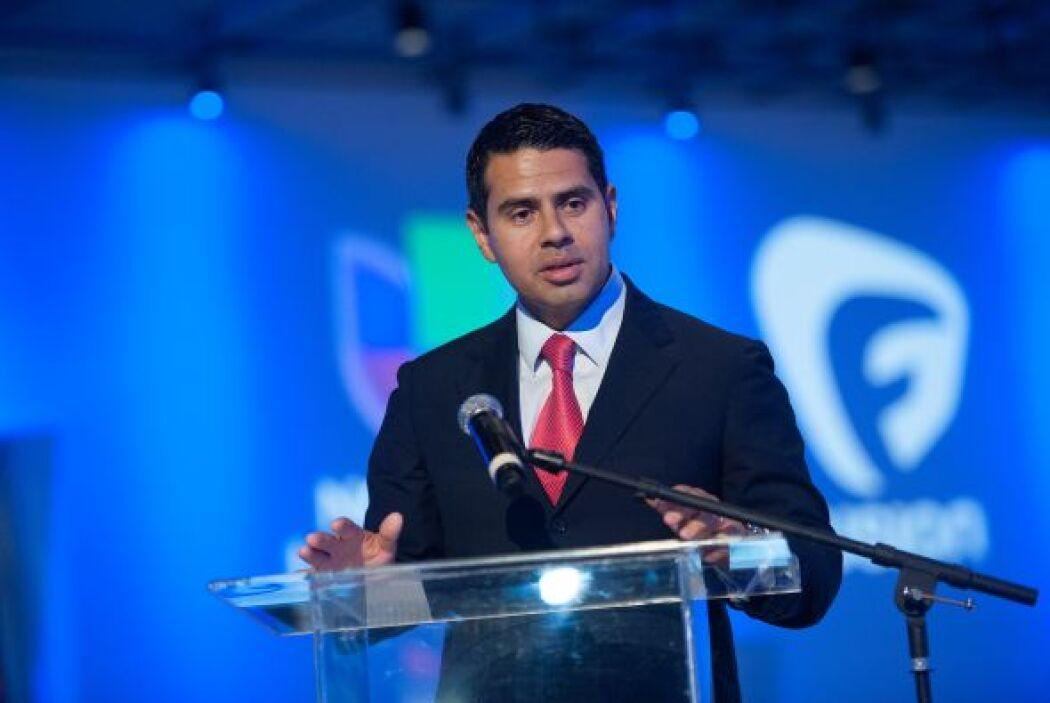 Cesar Conde, presidente de la cadena Univisión, indicó que con esto se i...