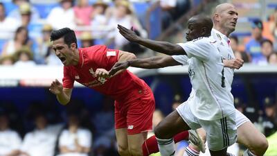 Real Madrid 4-2 Liverpool: Roberto Carlos guía al triunfo en partido de...