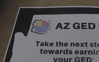 Apoyo a residentes de Arizona para que consigan su diploma de GED