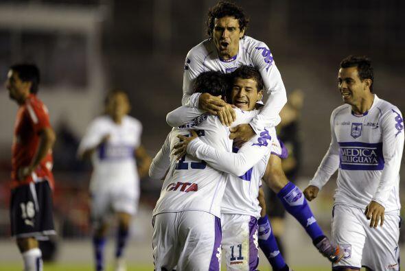 Defensor Sporting logró su quinto torneo corto tras imponerse en...