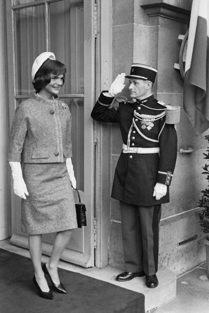 Tras su llegada a la Casa Blanca, los trajes de dos piezas y los sombrer...