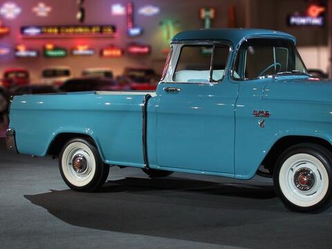 Razones para comprar una troca 1956_GMC_Pickup1.jpg