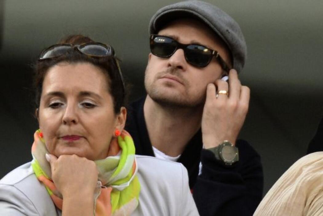 Justin Timberlake, con su anillo de casado. Mira aquí lo último en chismes.