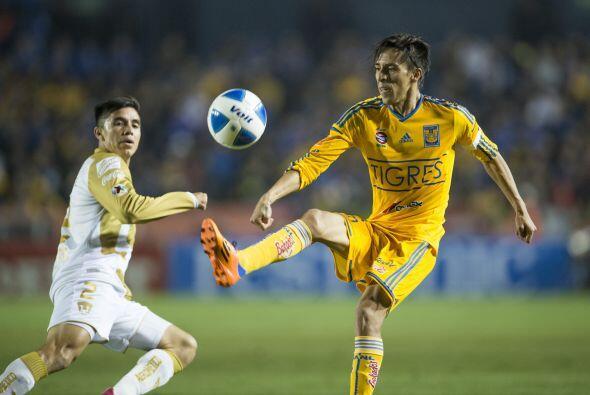 Lobos es el tercer máximo goleador de Tigres con 62 anotaciones,...