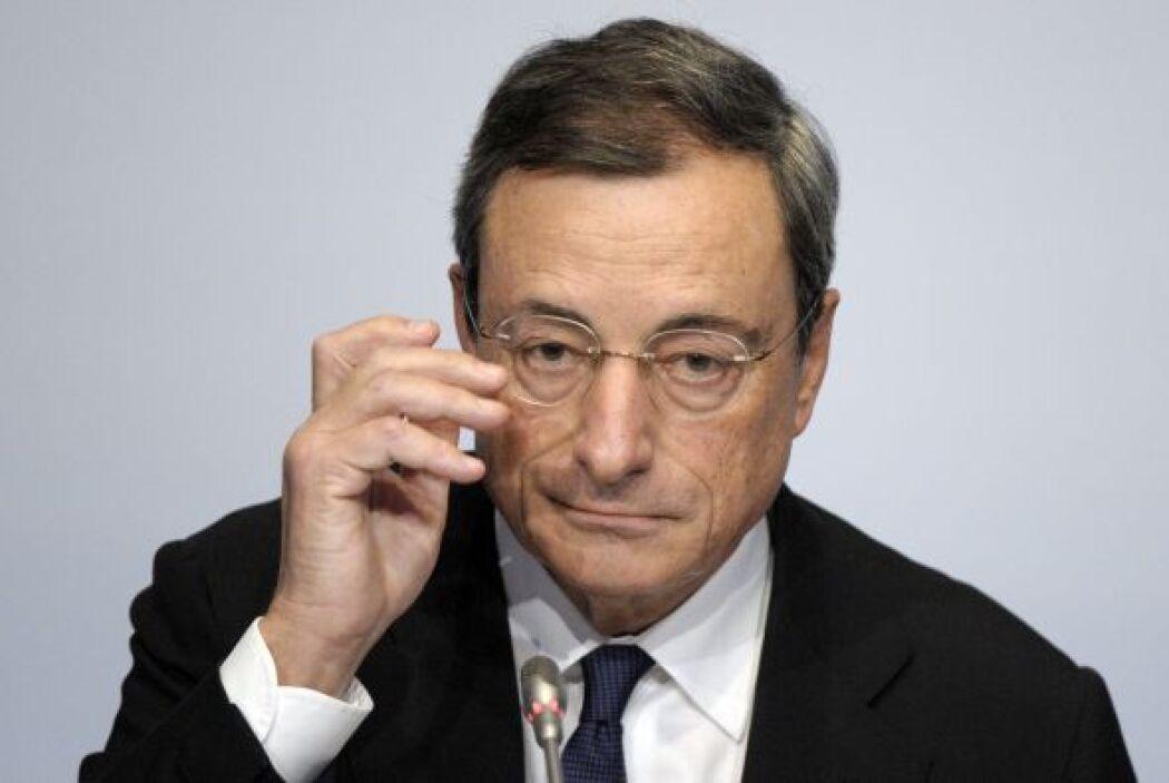 El presidente del Banco Mundial Europeo, Mario Draghi, está en la posici...
