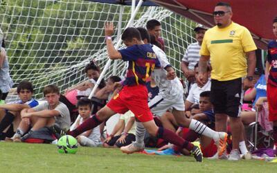 Diversión, comida y mucho futbol, mira lo que ocurrió en Copa Univision...