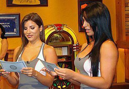 Los mensajitos calientes para Alba y Natalia tampoco podían faltar...