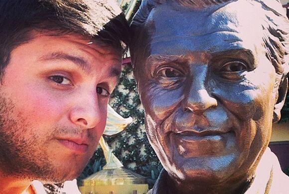 """""""La Selfie con Don Francisco @sabadogigante"""", mostró Paul Stanley. (Mayo..."""