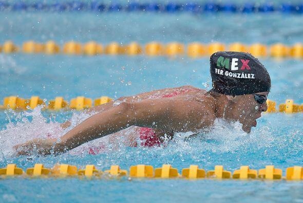 La nadadora mexicana Fernanda González se llevó el metal p...
