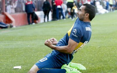 Carlos Tevez celebra ante Argentinos Juniors.