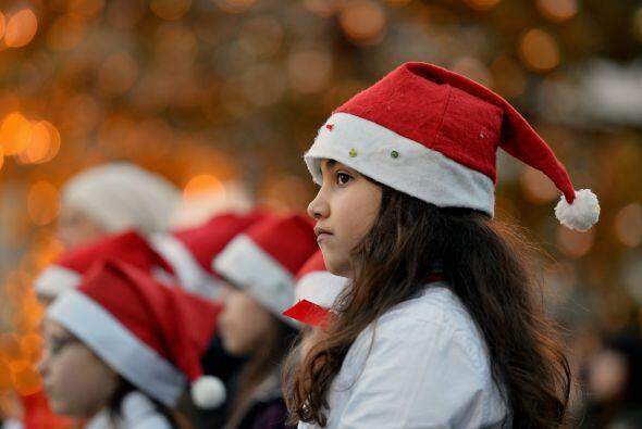 Pero estamos seguros que el no quiere caritas tristes esta navidad y ten...