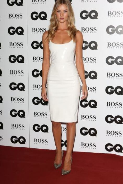 Rosie Huntington-Whiteley estaba impecable, 'sexy' y atractiva con este...
