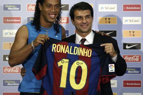 Dos años después llegaría al Barcelona de España, con el cuadro azulgran...