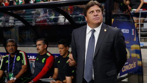 A un año que a Miguel Herrera se le cruzaron los 'piojos' en la cabeza