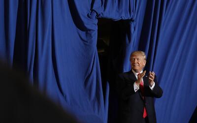 Trump en el evento por los primeros 100 días de su presidencia.