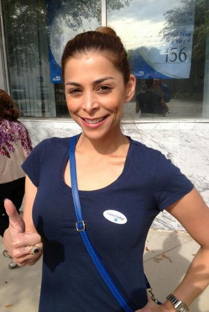 Lourdes Stephen votó en Miami, su primera elección pues recientemente se...