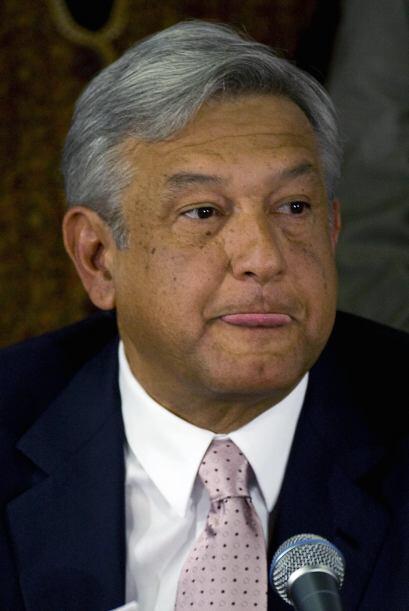 López Obrador anunció el domingo que solicitaba licencia a...