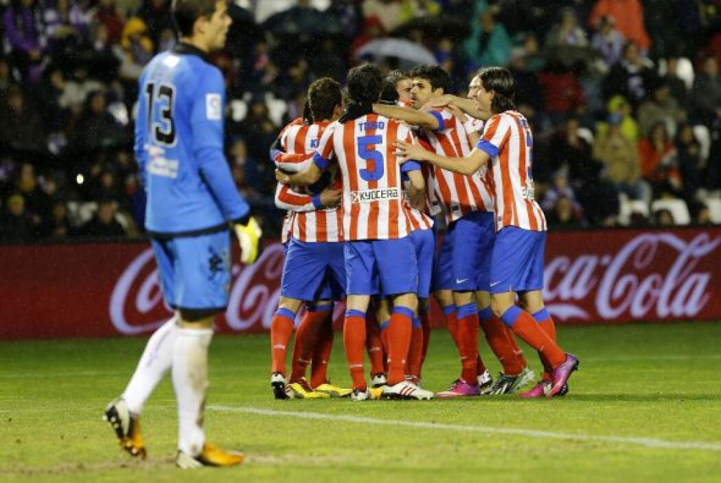 El delantero colombiano hizo el primer tanto del partido.