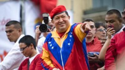 Hugo Chávez busca su tercera reelección presidencial.
