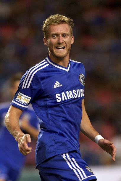 En cambio Chelsea buscó reforzarse con sangre nueva al contratar al gole...