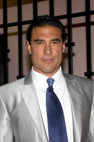 A sus 53 años, Eduardo Yáñez disfruta de su soltería.