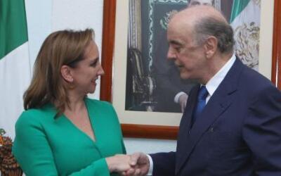 El canciller brasileño José Serra bromeó con su homóloga mexicana sobre...