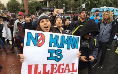 Cientos de mujeres en Los Ángeles preparan marcha para exigirle respeto...