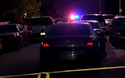El exnovio de una mujer apuñalada en Compton fue arrestado como su presu...