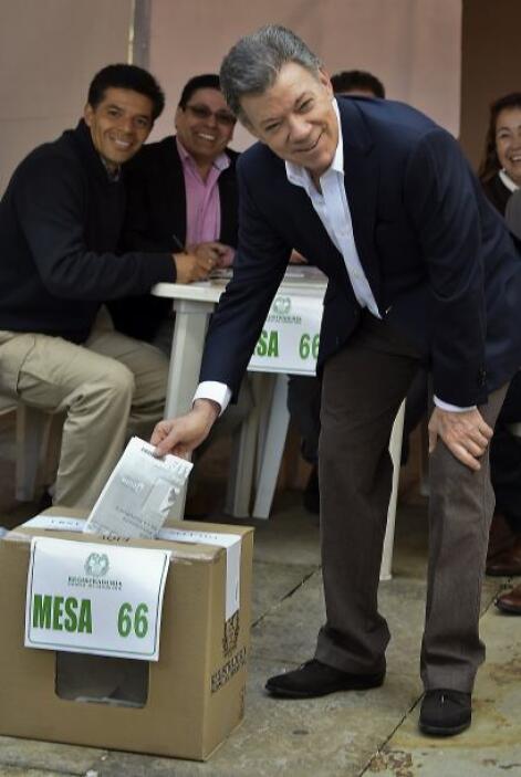 Estuvo seguido del presidente Juan Manuel Santos.