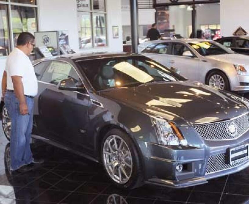 CadillacLa marca de lujo americano por excelencia. Su línea incluye ampl...