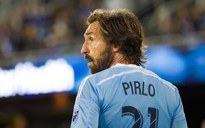 Andrea Pirlo desmintió en Twitter a un artículo publicado...