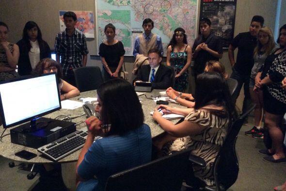 Los chicos participaron en la reunión editorial del equipo de Noticias 34.