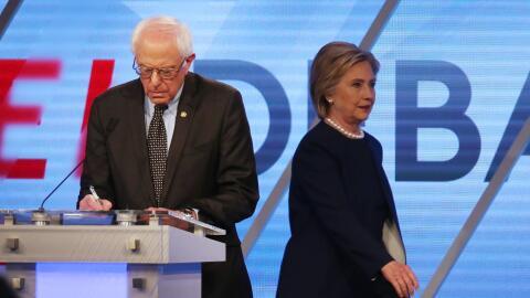 María Elena Salinas GettyImages-Clinton-Sanders-Debate-Miami.jpg